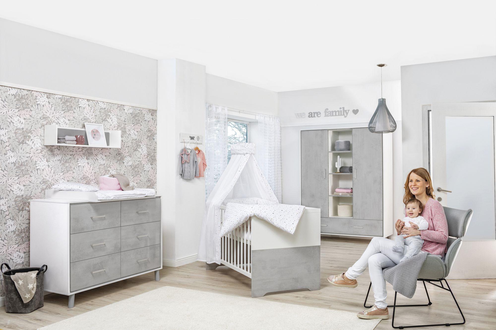 Tableau chambre bébé : vous voulez personnaliser sa chambre ?
